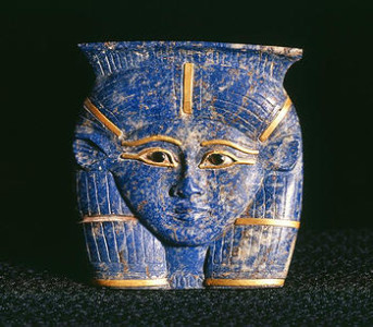 Lapis pendant of Hathor